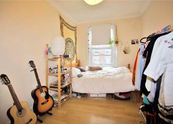 Thumbnail 2 bed flat to rent in Stoke Newington Road, London
