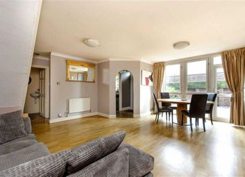 Thumbnail 3 bed flat to rent in Manningford Close, Clerkenwell, London