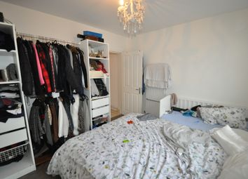 Thumbnail 2 bed flat to rent in Trafalgar Avenue, London