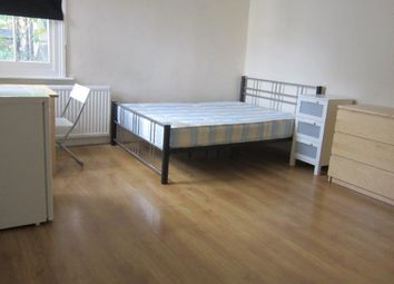 Thumbnail 1 bed flat to rent in Wolverton Garden, Hammersmith Road