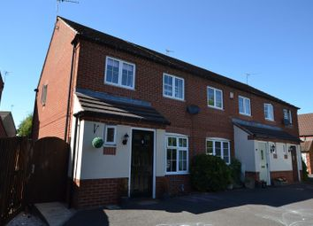 Thumbnail 3 bed town house for sale in Chaplin Close, Sileby, Leicestershire