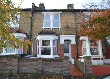 2 bed terraced house to rent in Northbank Road, London E17