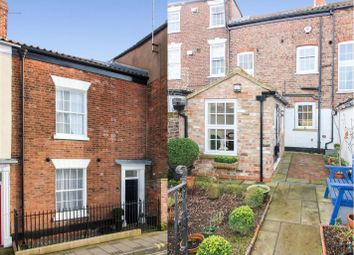 Thumbnail 3 bed town house for sale in Walkergate, Beverley
