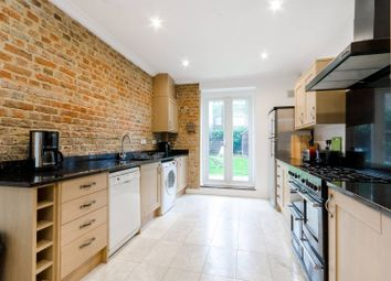 5 bed property to rent in Wiverton Road, Sydenham, London SE26
