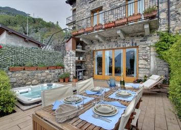 Thumbnail 3 bed cottage for sale in Provincia Di Como, Lombardy, Italy