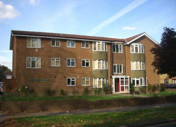 Thumbnail 3 bedroom flat to rent in The Avenue, Worcester Park