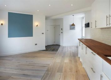 Thumbnail 1 bed flat to rent in City Garden Row, Islington, London