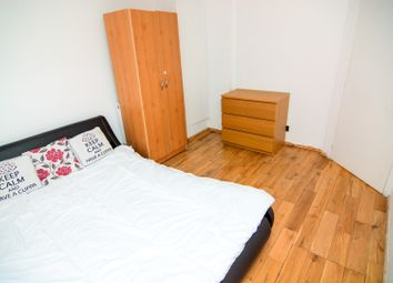 Thumbnail 6 bed flat to rent in Edwin Street, London
