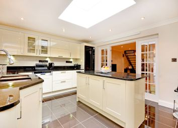 5 bed property for sale in Hurst Road, Walthamstow E17