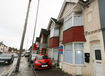 3 bed flat to rent in Leagrave Road, Luton LU4