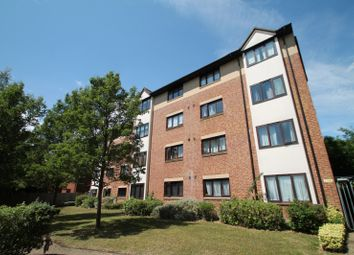 Thumbnail 1 bed flat to rent in Cromwell Place, Station Road, Redhill