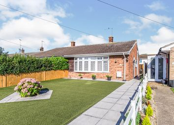 Thumbnail 2 bedroom bungalow for sale in Lapwing Road, Isle Of Grain, Rochester, Kent