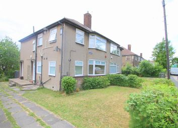 Thumbnail 2 bed flat for sale in Park Mead, Sidcup