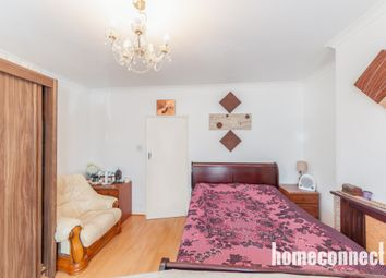 Thumbnail 4 bed bungalow to rent in Ashley Avenue, Barkingside