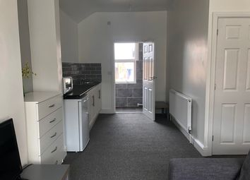 Thumbnail Room to rent in Hunter Street, Northampton