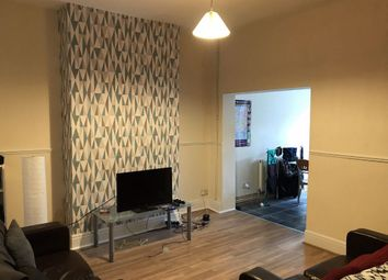 3 bed property to rent in Sharp Street, Hull HU5