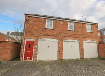 Thumbnail 1 bed maisonette for sale in Rosemoor Mews, Aylesbury
