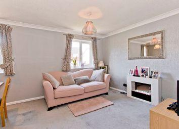 Thumbnail 1 bed flat to rent in Oakwood Rise, Tunbridge Wells