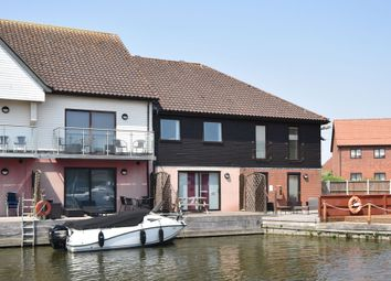 Thumbnail 3 bed town house for sale in Ferry Road, Horning