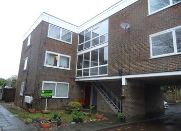 Thumbnail 1 bed flat to rent in Gordon Road, Shenfield