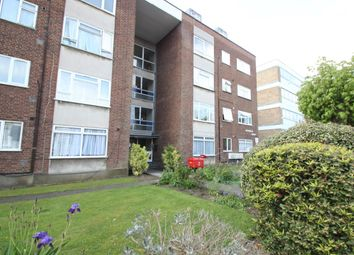 Thumbnail 2 bed flat to rent in Torrington Park, London
