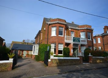 Thumbnail 6 bed detached house for sale in Avenue Road, Hunstanton