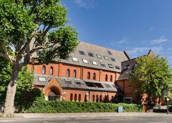 Stamford Brook Road, Stamford Brook, London W6. 4 bed flat