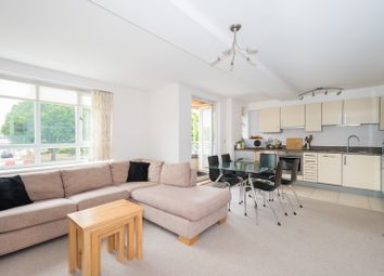 Thumbnail 2 bed flat to rent in Sunderland Avenue, North Oxford