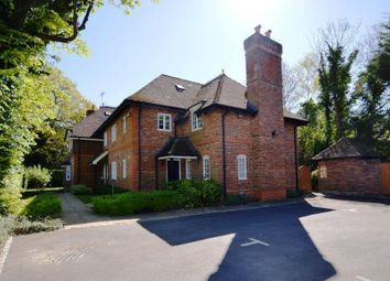 Thumbnail 1 bed flat to rent in Reading Road, Yateley