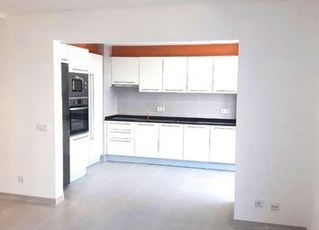 Thumbnail 3 bed apartment for sale in Portugal, Algarve, Faro