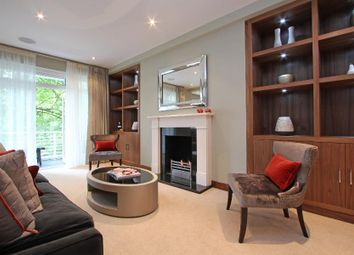 Thumbnail 3 bedroom flat to rent in Ennismore Gardens, South Kensington