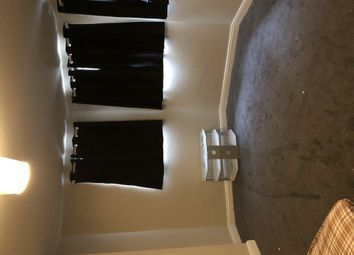 Thumbnail Room to rent in Bond Street, Wakefield