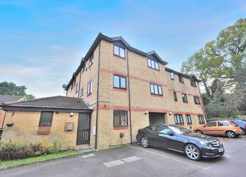 Thumbnail 2 bed flat to rent in Bentley Close, Rhodes Avenue, Bishops Stortford