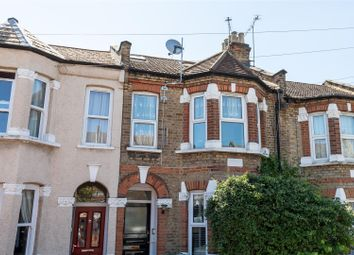 3 bed flat for sale in Somers Road, London E17