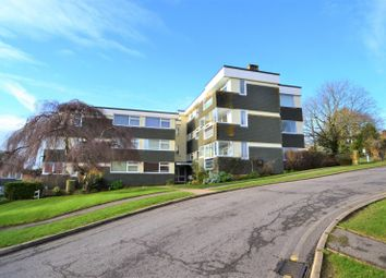 Thumbnail 3 bed flat to rent in Pulborough, West Sussex