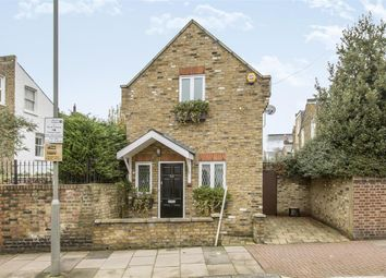 Thumbnail 2 bedroom detached house to rent in Chatto Road, London