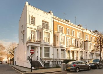 Thumbnail 2 bedroom flat for sale in Cromwell Crescent, London