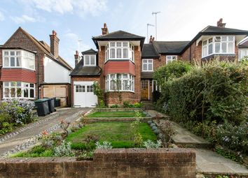 Thumbnail 4 bed property to rent in Ringwood Avenue, Fortis Green, London