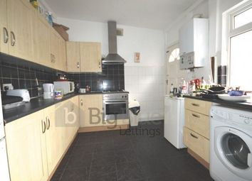 Thumbnail 6 bed terraced house to rent in 17 Norwood Terrace, Hyde Park, Six Bed, Leeds