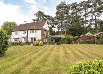 Norrels Drive, East Horsley, Leatherhead KT24. 4 bed detached house