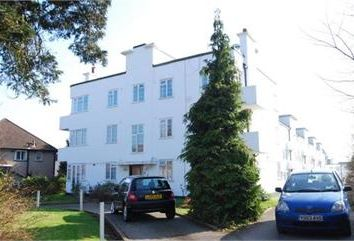 Thumbnail 2 bed flat to rent in Beechlawns Torrington Park, North Finchley