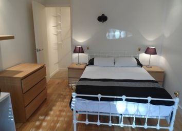 Thumbnail 4 bed shared accommodation to rent in Cloysters Green, St Katharines Dock, Wapping