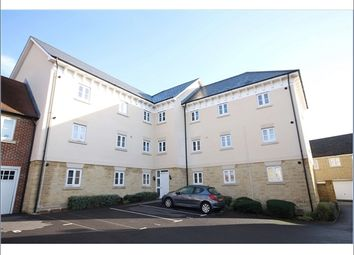 Thumbnail 2 bedroom flat to rent in Ashcombe Crescent, Witney