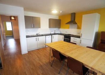 Thumbnail 3 bedroom flat to rent in 506 Southcoates Lane, Hull