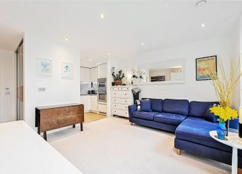 Chiswick High Road, London W4. 1 bed flat for sale