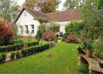 Thumbnail 2 bed bungalow for sale in Tunnel Hill, Upton Upon Severn