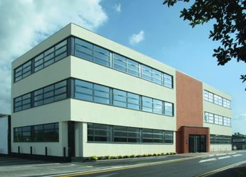 Thumbnail Office to let in Part First Floor Premier Gate, Easthampstead Road, Bracknell, Berkshire