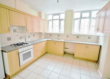 Thumbnail 3 bedroom flat to rent in Homerton High Street, London