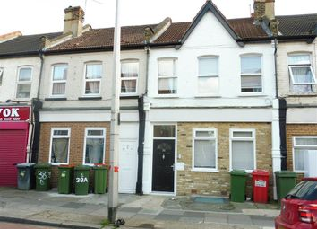 Thumbnail 2 bedroom flat to rent in Vicarage Lane, London