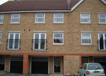 Thumbnail 4 bed town house to rent in Rees Close, Market Weighton